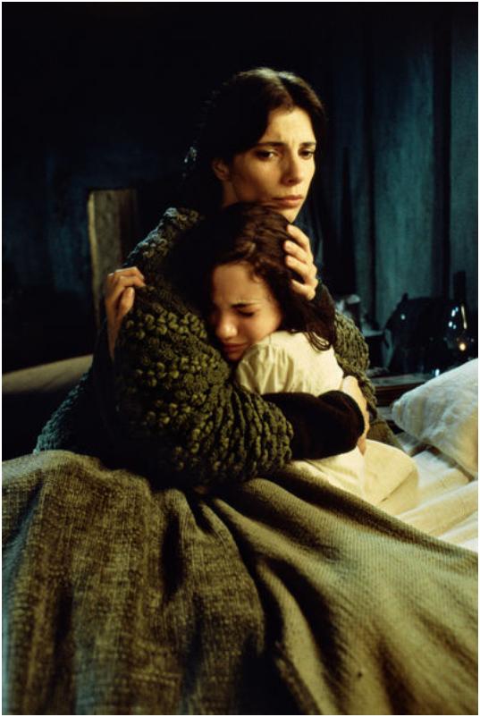 Maribel Verdú und Ivana Baquero in Pan's Labyrinth von 2006
