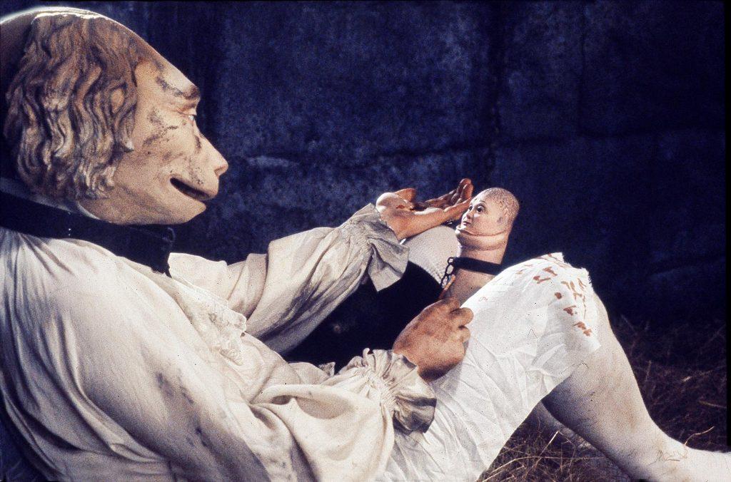 De Sades schärfster Kritiker steckt zwischen seinen Beinen | MARQUIS © 1989/2008 – YC ALIGATOR FILM – TCHIN TCHIN PRODUCTION