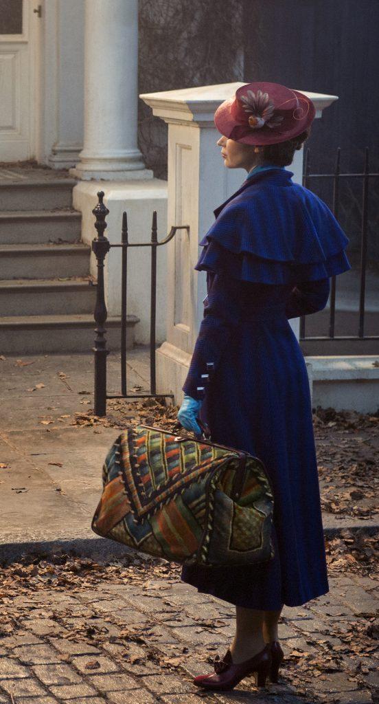 Mary Poppins kehrt zurück in ihre alten Wirkstätte in Marry Poppins Rückkehr © 2018 The Walt Disney Company Germany