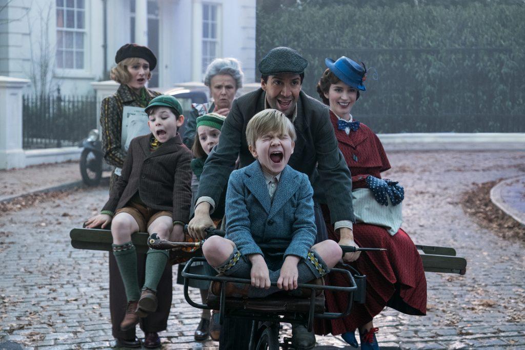 Mary Poppins macht mit den Kindern und Jack einen Ausflug in Marry Poppins Rückkehr © 2018 The Walt Disney Company Germany