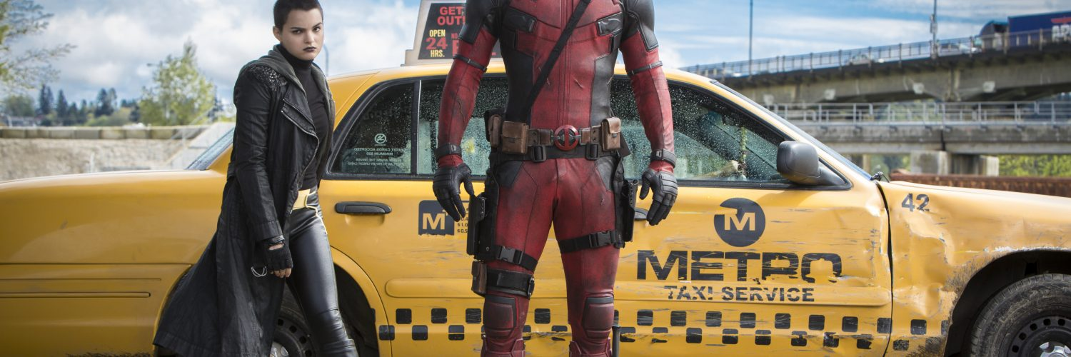 Negasonic (Brianna Hildebrand) und Deadpool (Ryan Reynolds) in Deadpool aus 2016