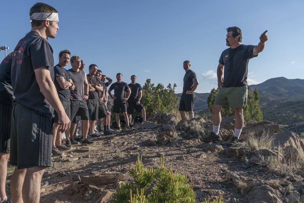 Das Team um Eric Marsh (Josh Brolin, rechts) muss hart trainieren ©StudioCanal