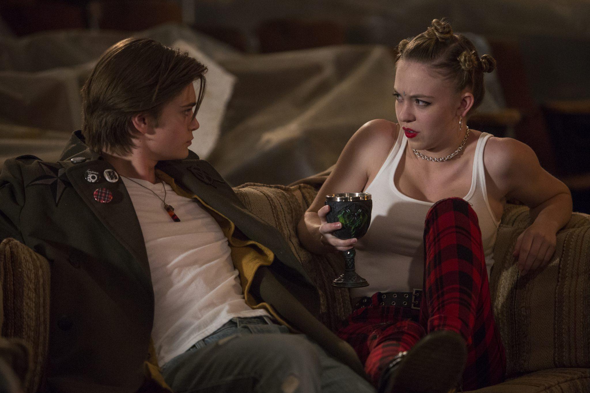 Sydney Sweeney und Elijah Stevenson - die Stars aus Borings Drama-Club ©Netflix