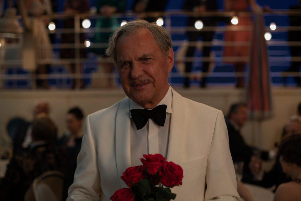 Otto (Uwe Ochesenknecht) verliebt sich erneut in Ich war ncoh niemals in New York © 2019 Universal Pictures