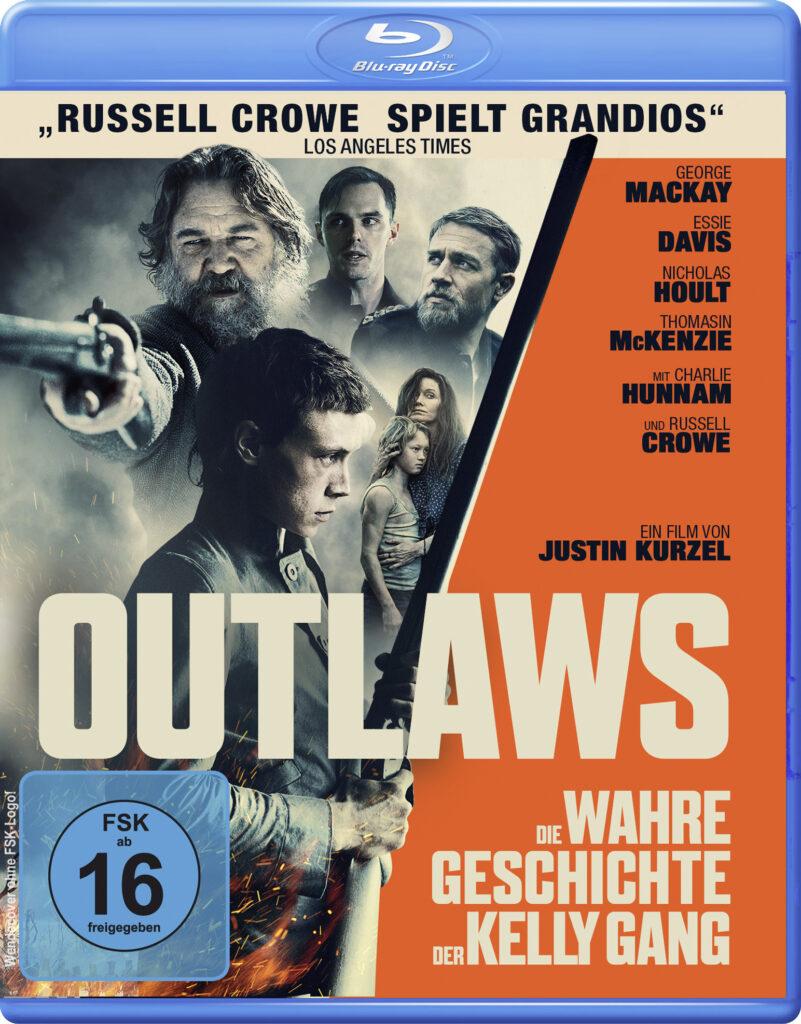 """Das deutsche Blu-ray Cover zu """"Outlaws - Die wahre Geschichte der Kelly Gang"""" ist rechtsseitig in einem knalligen orange gehalten auf dem die Darsteller aufgelistet sind. Der beige Schriftzug """"Outlaws"""" ragt von links nach rechts über das untere Drittel des Covers. Die linke Seite zeigt die verschiedenen Darsteller, unter anderem Russell Crowe mit einer Feuerwaffe in der rechte Hand."""