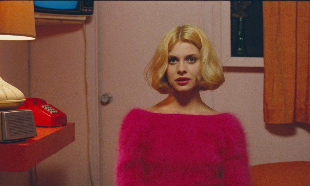 Der ikonische Blick von Jane (Nastassja Kinski) in Paris, Texas