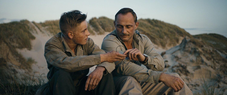 Pflichtgefühl oder Verständnis? Feldwebel Carl Rasmussen in der moralischen Zwickmühle © Koch Films