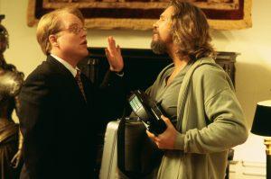 Philipp Seymour Hoffmann und Jeff Bridges in einer kleinen Auseinandersetzung in The Big Lebowski von 1998
