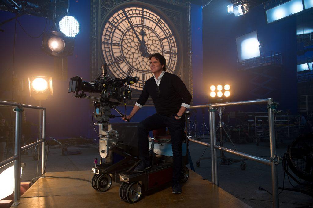 Regisseur Rob Marshall am Set von Marry Poppins Rückkehr © 2018 The Walt Disney Company Germany