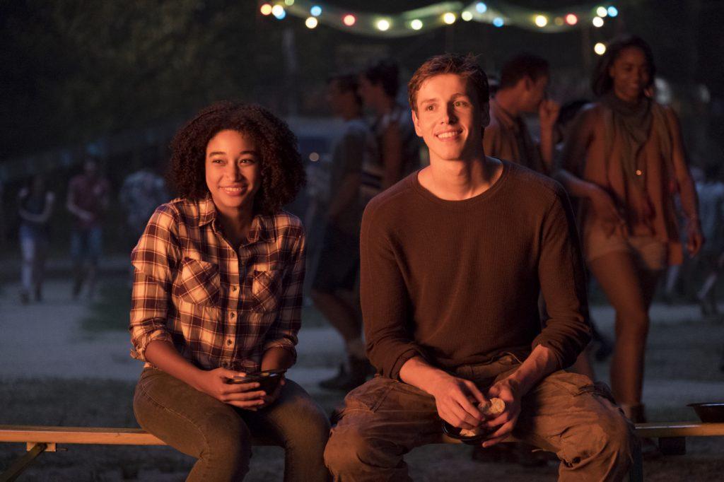 Ruby Daly (Amandla Stenberg) und Liam Stewart (Harris Dickinson) in einem unbeschwerten Moment ©20th Century Fox