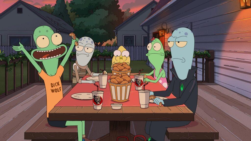 Die Aliens sitzen am Tisch und freuen sich über Speis und Trank - Neu bei Disney+ im April 2021