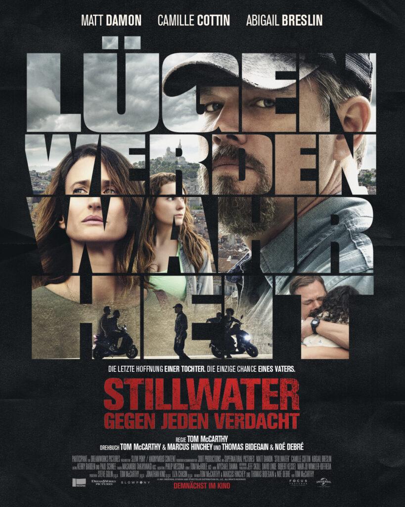 Das Bild auf dem Plakat zu Stillwater wird durch die Lettern der Botschaft Lügen werden Wahrheit sichtbar und zeigt eine Collage aus verschiedenen Filmszenen