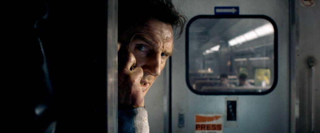 """Michael MacCauley (Liam Neeson) ist Teil einer Verschwörung geworden: Wird er das Rätsel lösen? in """"The Commuter"""" ©StudioCanal"""