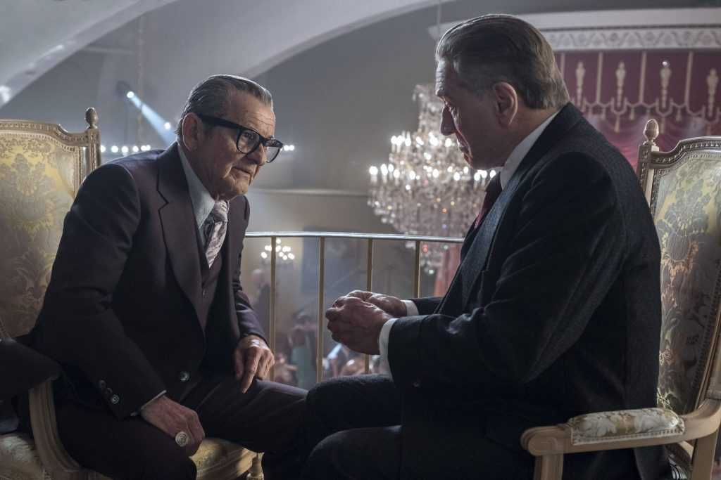 (Russel Bufalino) Joe Pesci im Gespräch mit Frank Sheeran (Robert De Niro) in The Irishman
