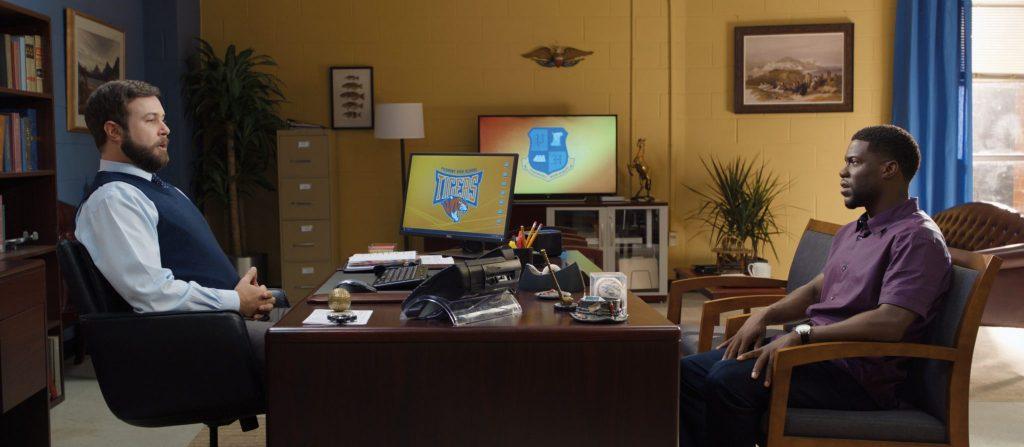Teddy (r.) mit seinem Nemesis Stewart (l.) in Night School, erhältlich auf Bluray & DVD (© Universal Pictures)