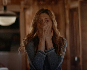 """Louise traut ihren Augen nicht in """"The Dark and the Wicked"""" © Indeed Film"""