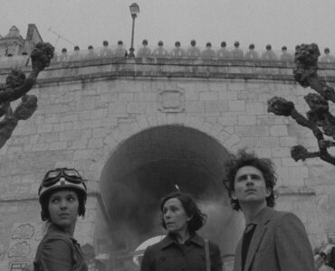 Der Revolutionär Zeffirelli (Timothée Chalamet) blickt auf seine Taten zurück.