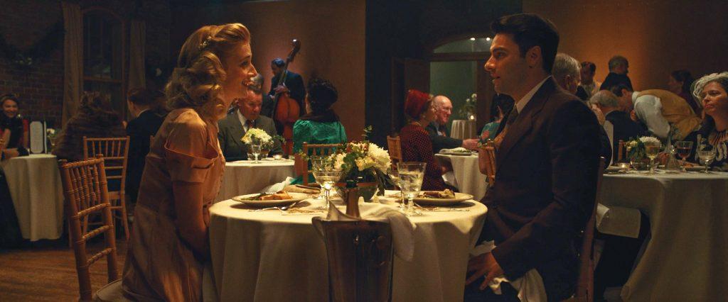 Calvin und seine Ex-Frau dinieren in The Man Who Killed Hitler and then the Bigfoot