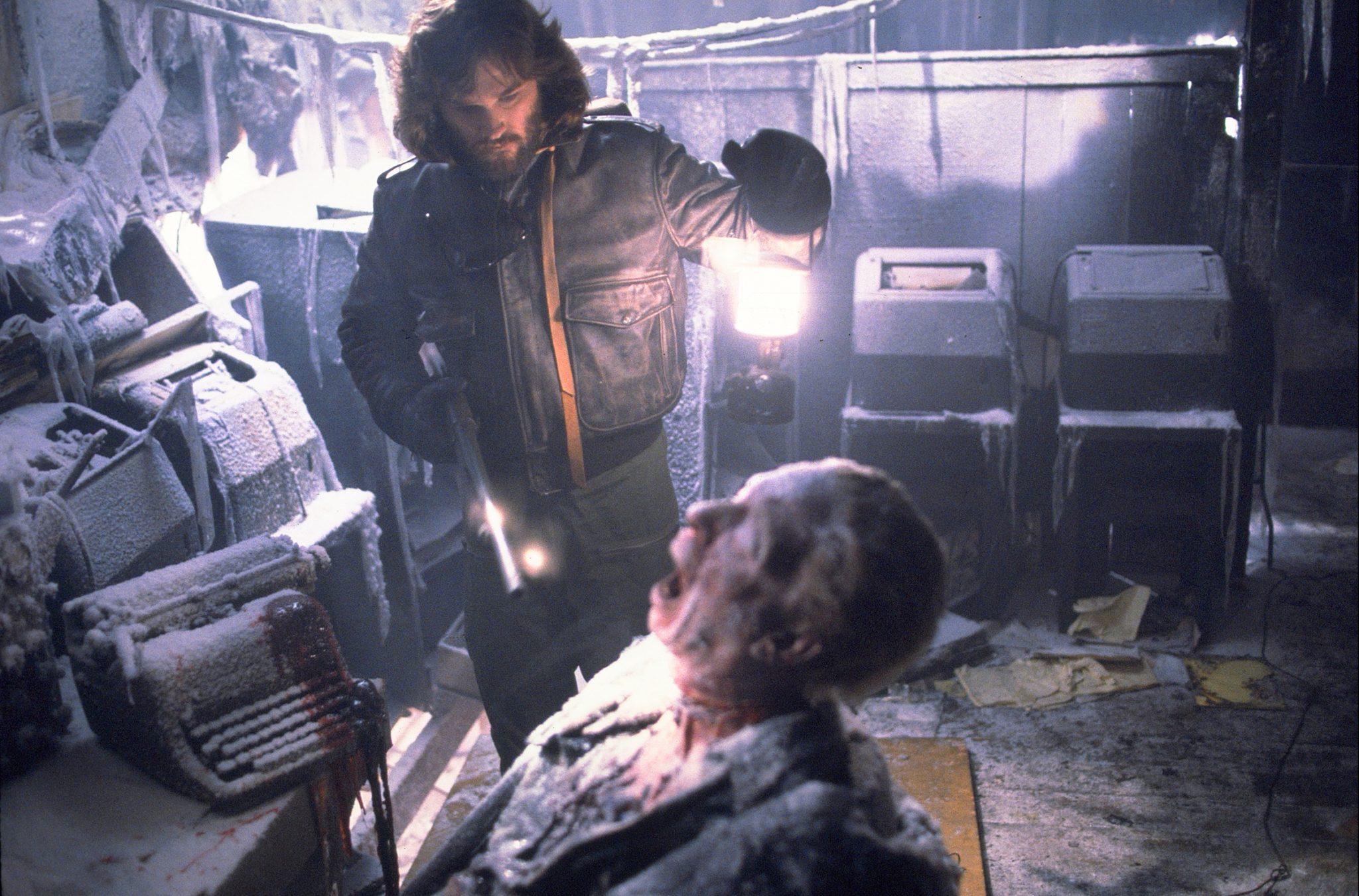 """Filme der 80er: Kurt Russell entdeckt komplett gefrorene Leichen in John Carpenters """"Das Ding aus einer anderen Welt"""""""