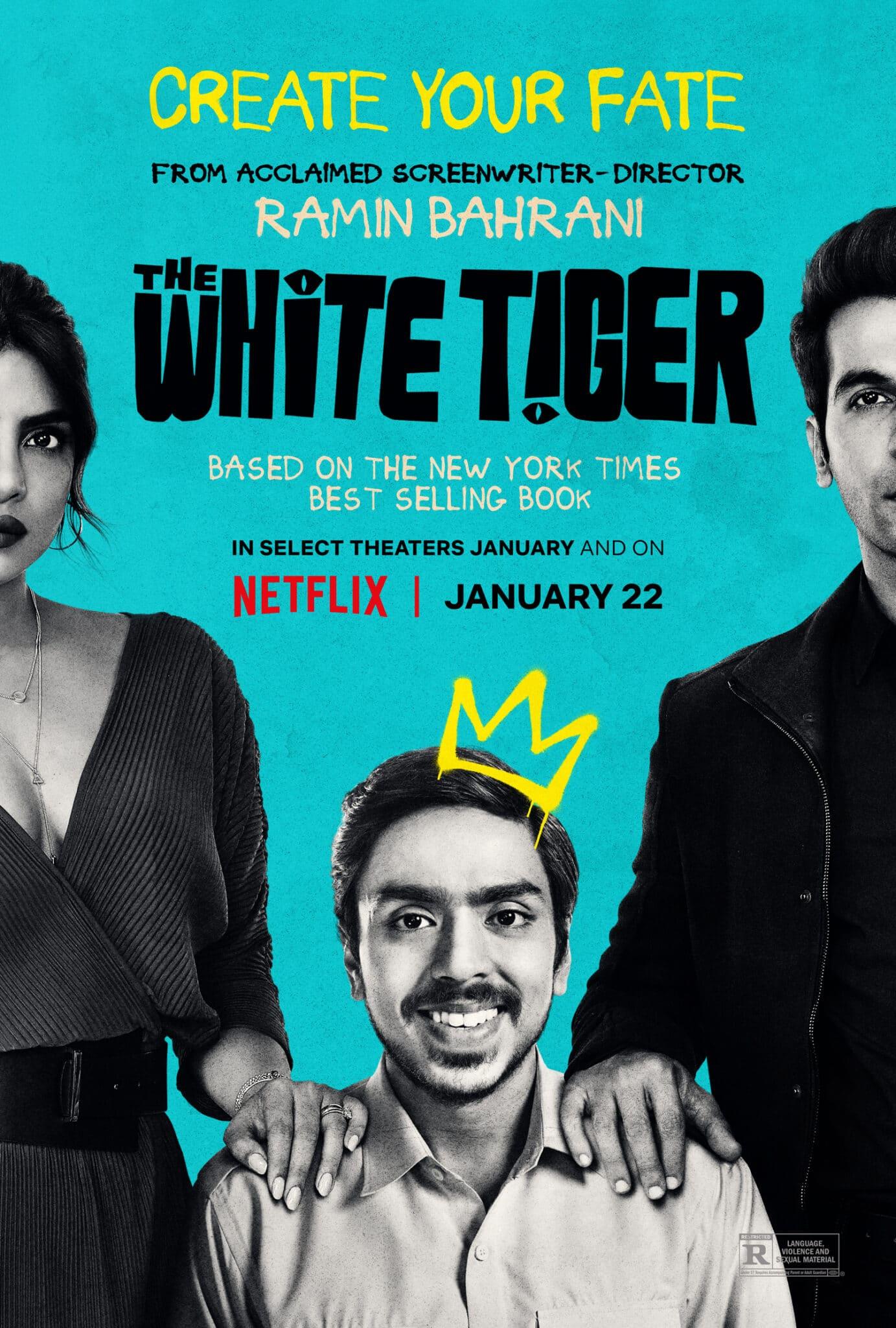 Das Poster von Der weiße Tiger zeigt schwarzweiß vor türkisem Hintergrund die drei Protagonisten. In der Mitte sieht man Balram (Adarsh Gourav).