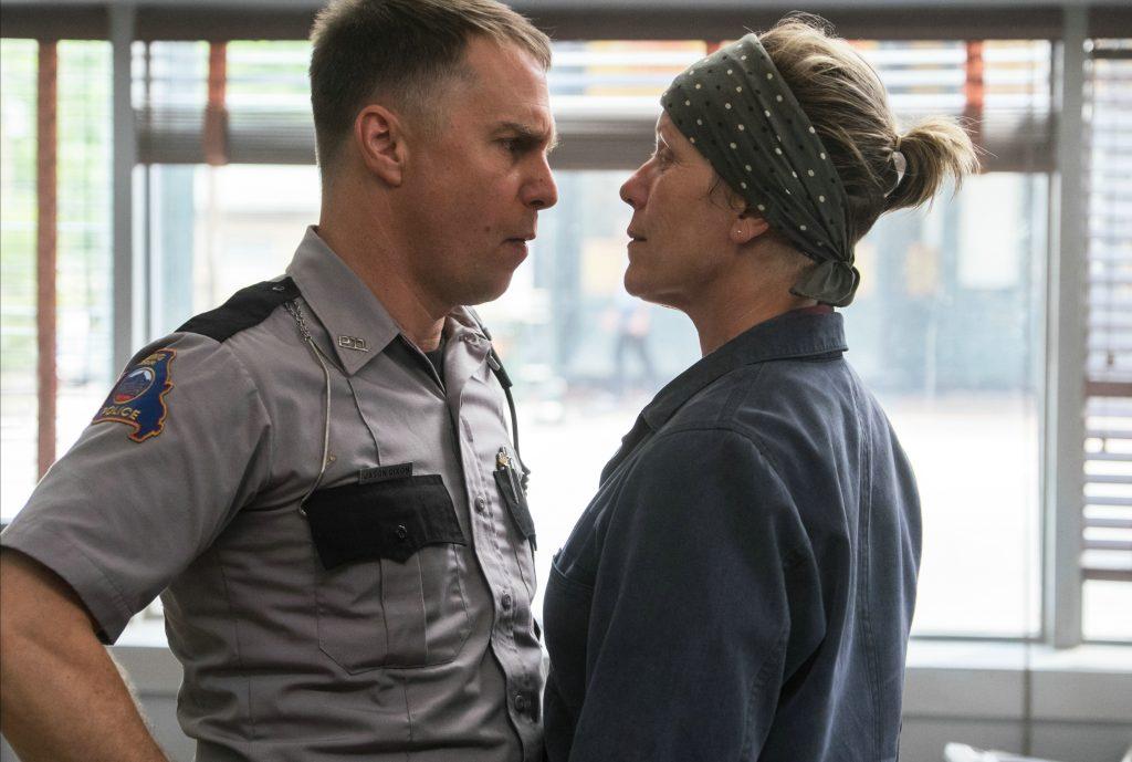 "Sam Rockwell und Frances McDormand als ""Officer Jason Dickson"" & ""Mildred Hayes"" in ""Three Billboards Outside Ebbing, Missouri"" © 20th Century Fox"