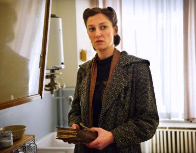"""Alexandra Maria Lara in """"Und der Zukunft zugewandt"""""""