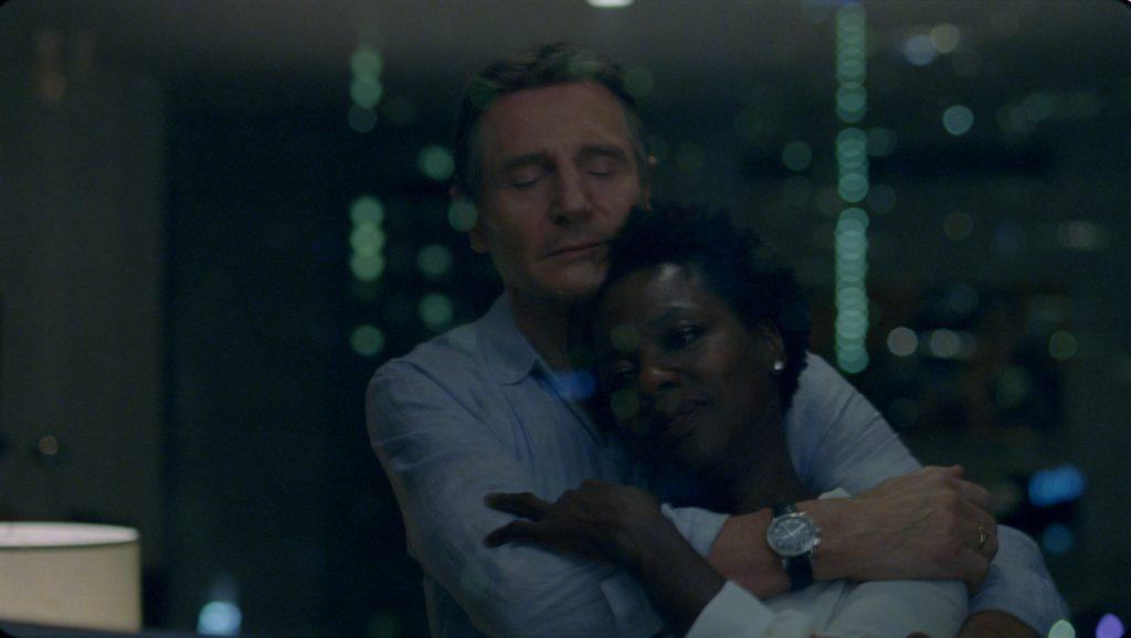 Veronica (Viola Davis) träumt von ihrem verstorbenen Ehemann (Liam Neeson) in Widows - Tödliche Witwen © 2018 20th Century Fox