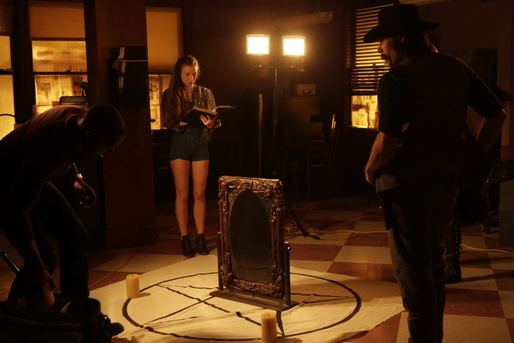Scene 3 from Wynonna Earp Season 1 © justbridge Entertainment