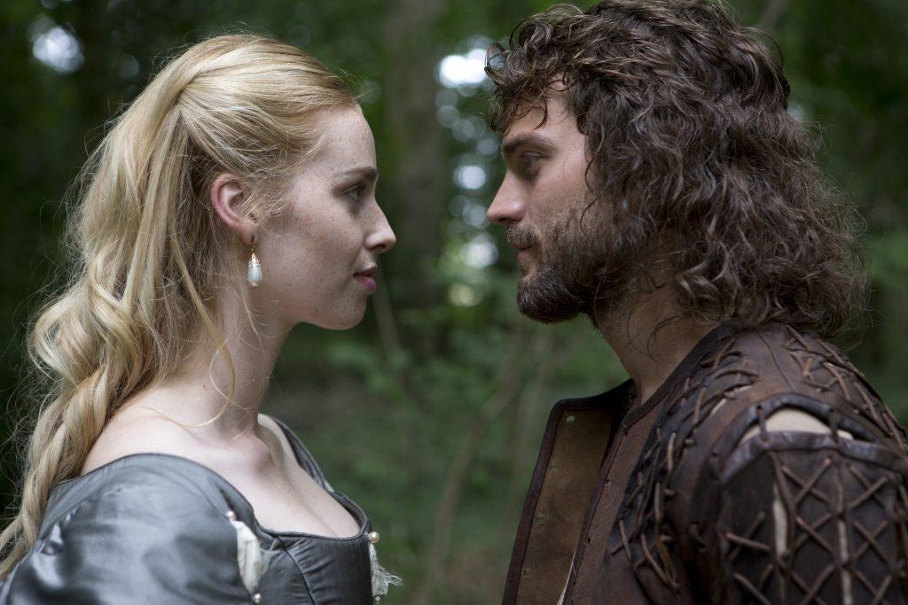 Zwei Welten treffen aufeinander: Beth (Freya Mavor) und Abe (Jamie Dornan) ©Tiberius Film