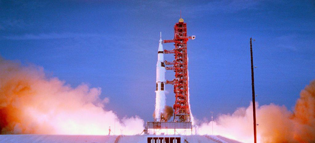 Apollo 11 hebt ab
