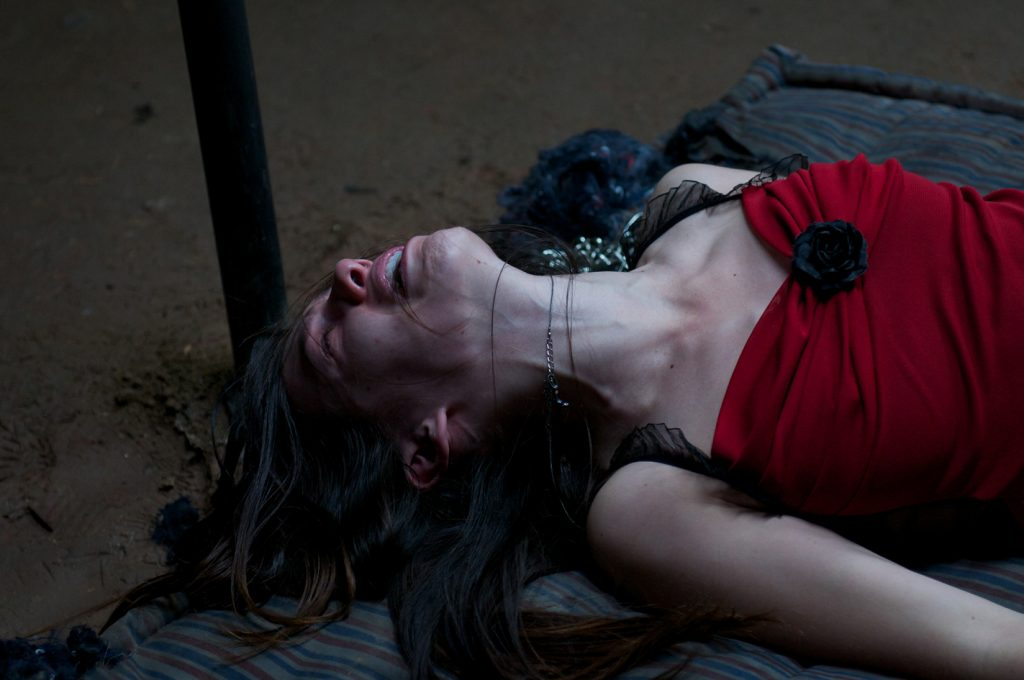"Katie (Jemma Dallender) muss einiges aushalten in ""I Spit On Your Grave 2"" © Tiberius Film"