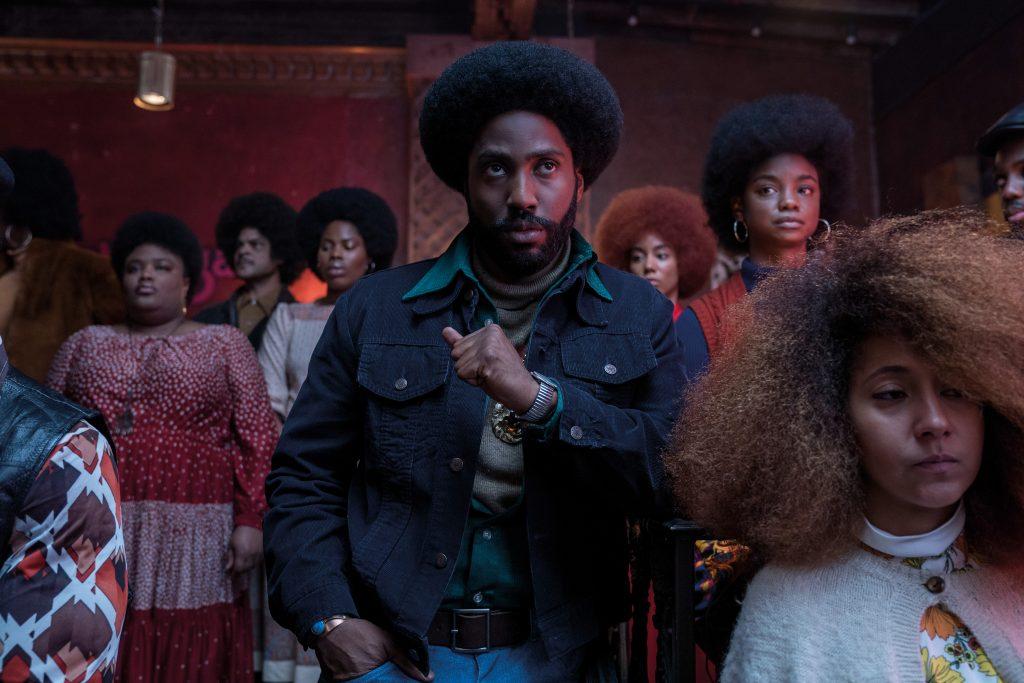Der Look der 70er-Jahre ist in BlacKkKlansman wunderbar eingefangen © Universal Pictures