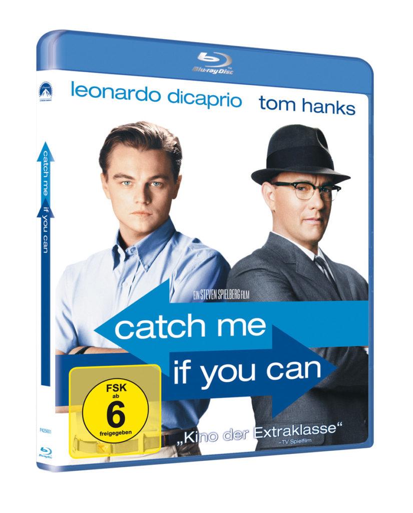 Die Blu-ray von Catch Me If You Can, auf der Leonardo DiCaprio und Tom Hanks abgebildet sind, die die Arme verschränken und Schulter an Schulter leicht abgewandt voneinander dastehen.