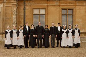 Die ganze Belegschaft von Downton Abbey in einem Bild. ©Universal Pictures Home Entertainment