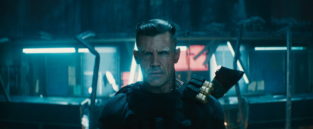 """Nathan Summers / """"Cable"""" (Bosh Brolin) sehen wir hier, wie er die Witterung des kleinen Fleischklopses aufnimmt in """"Deadpool 2"""" ©20th Century Fox"""