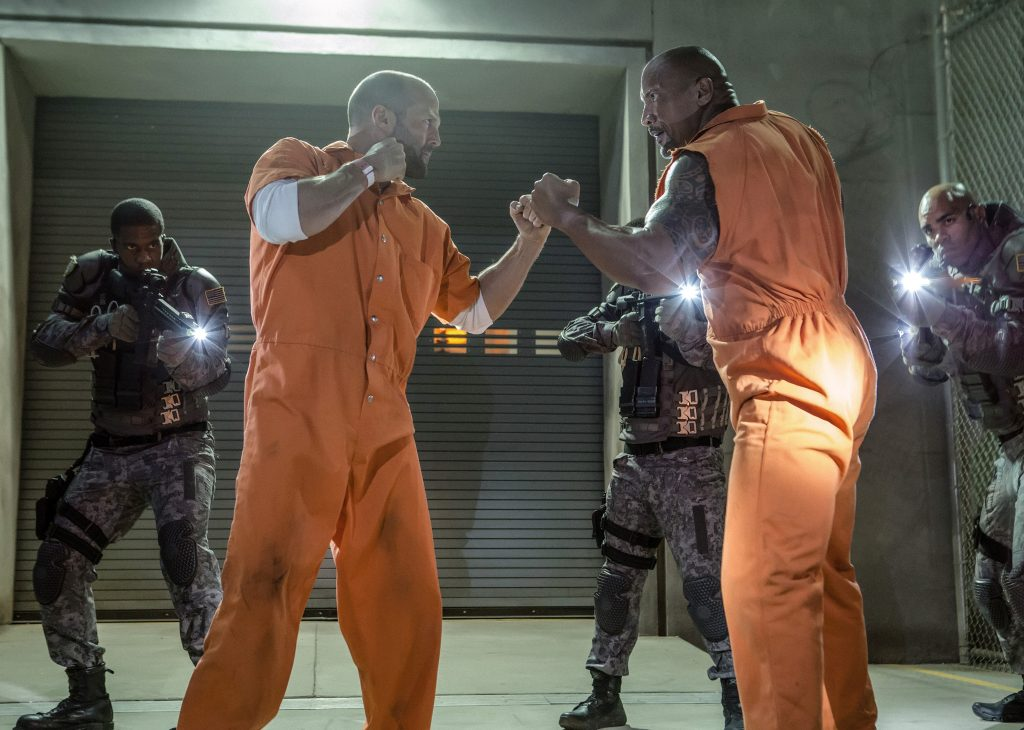 "Bald im ""The Fast and the Furious""-Spin Off wieder gemeinsam zusehen: Jason Statham & Dwayne Johnson in ""Fast & Furious 8"" by Universal Pictures"