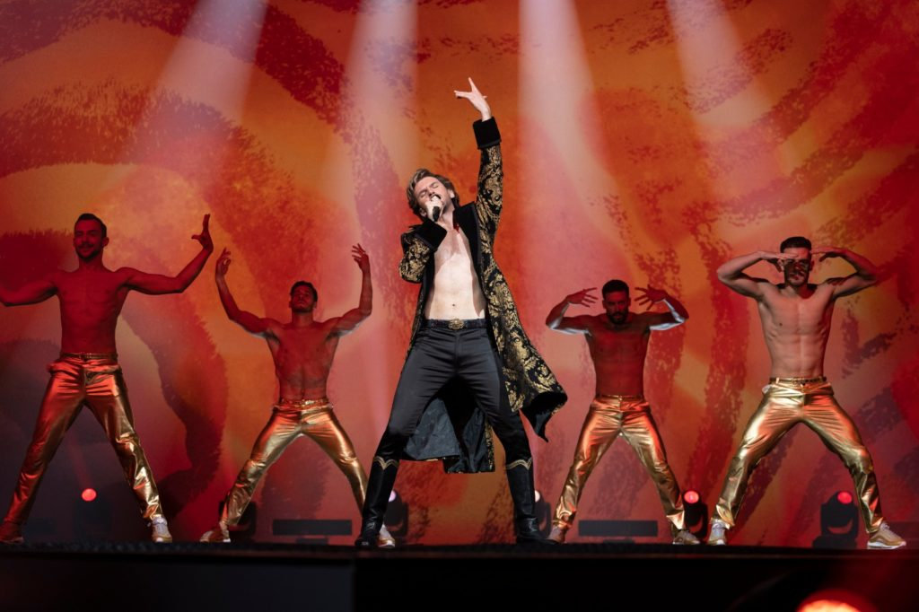Der russische Sänger beim Eurovision Song Contest innerhalb des Films Eurovision Song Contest: The Story of Fire Saga