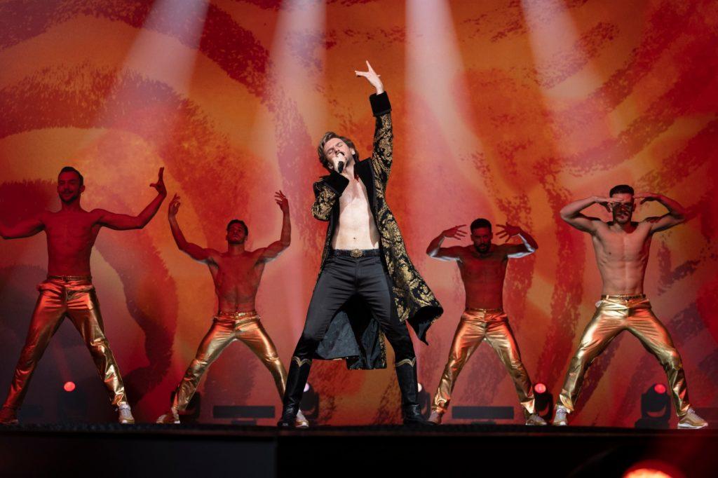 Der russische Sänger beim Eurovision Song Contest innerhalb des Films Eurovision Song Contest: The Story of Fire Saga