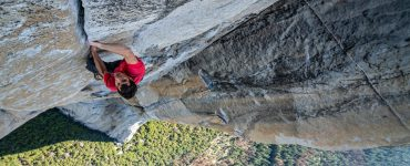Alex Honnold klettert an der Felswand El Captain © capelight pictures