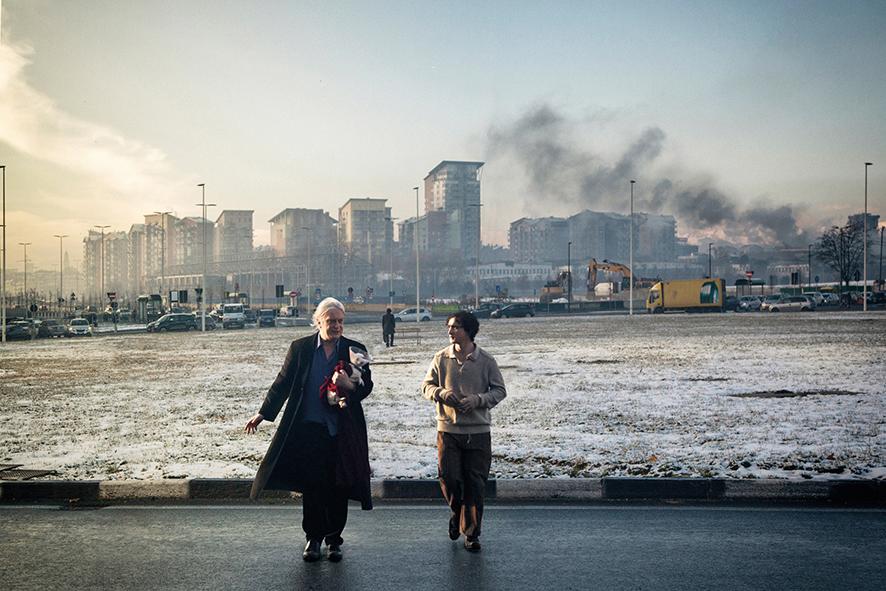 Ein Fremdkörper: Lazzaro in der modernen Großstadt © EuroVideo Medien GmbH