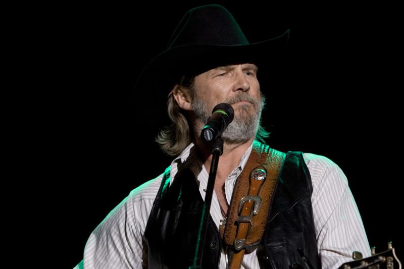 Der gealterte Country Star Bad Blake spielt nur noch kleine Konzerte ©Fox Deutschland