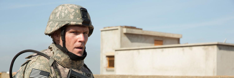 Sergeant Emory (Scott Haze) im Einsatz kurz vor seinem Kopfschuss.