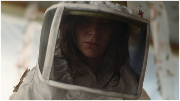 Suliane Brahim in einem Insektenschutzanzug