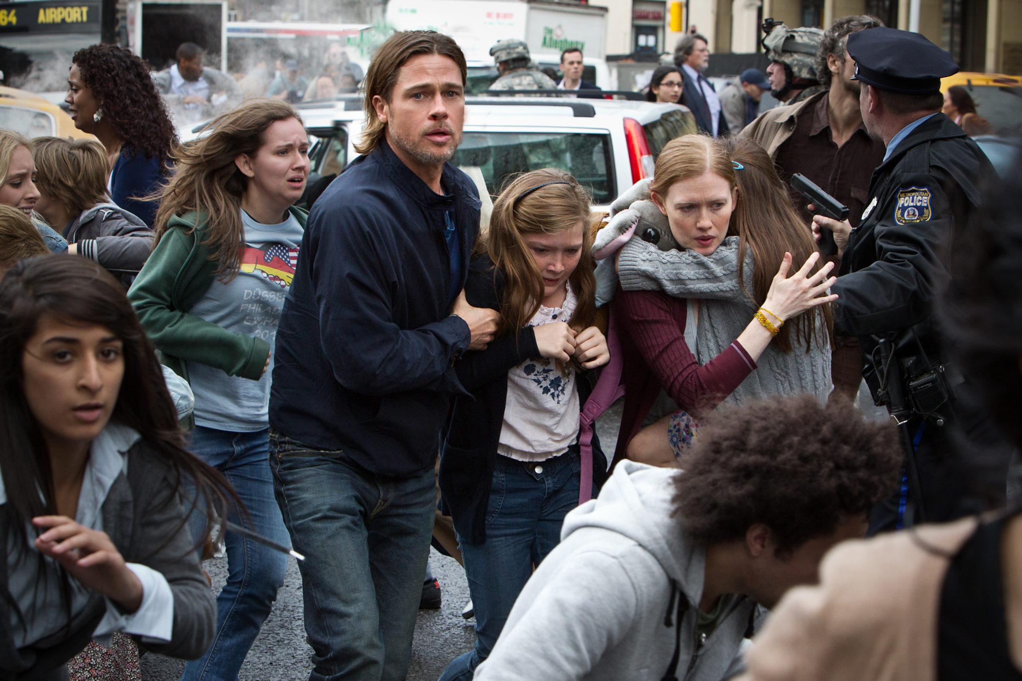 Brad Pitt rennt mit seiner Familie in einer Menschenmenge - wir wünschen eine Fortsetzung
